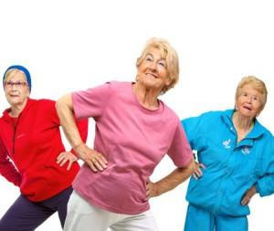 утренняя гимнастика для пожилых людей