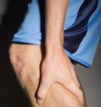причина судорог на ногах